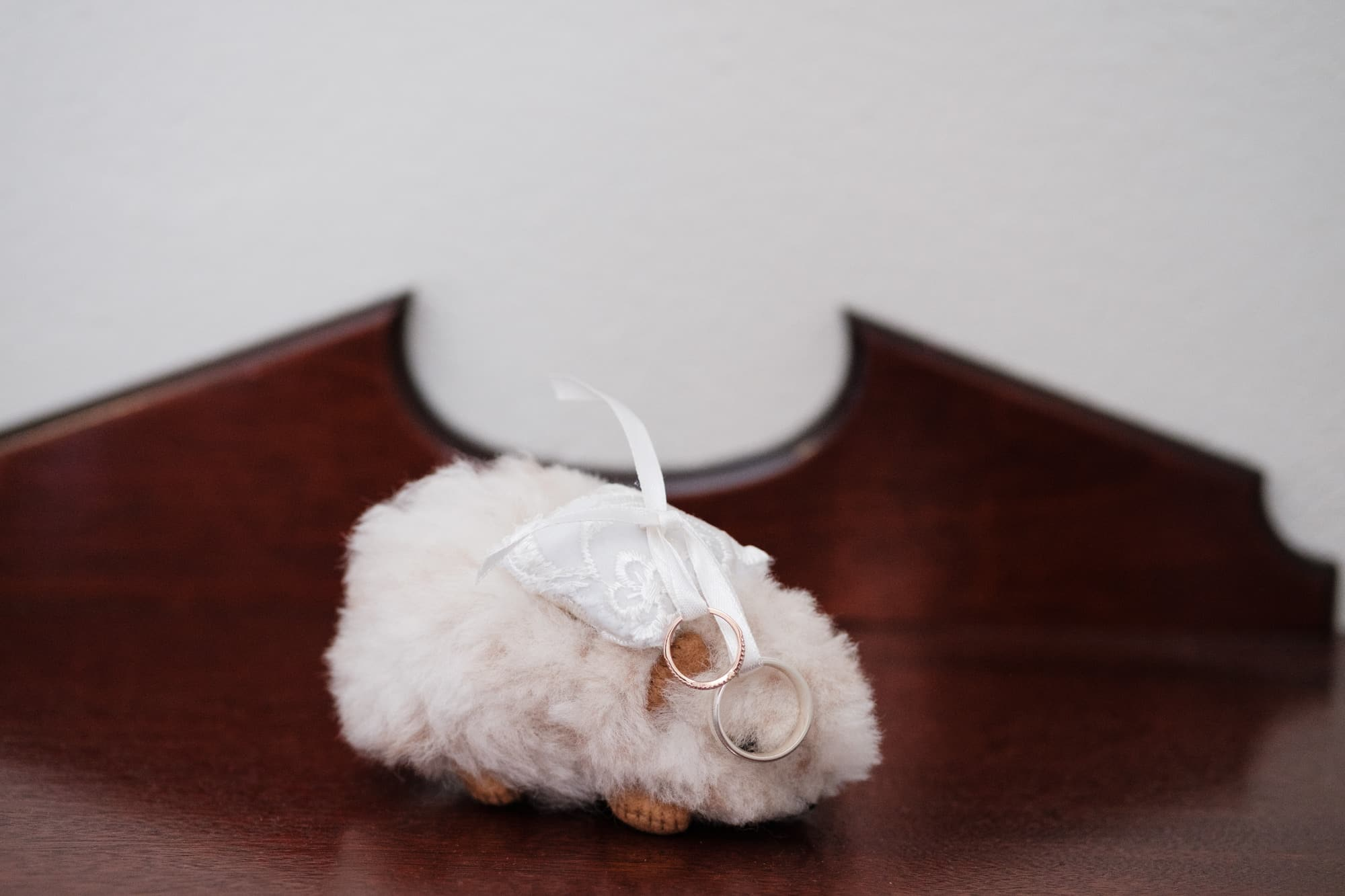 cute furry wedding rings holder