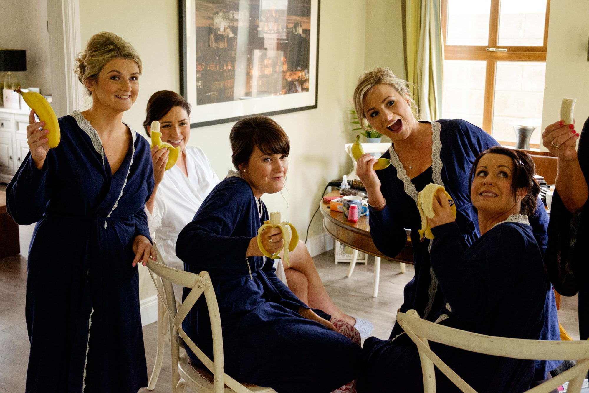bridesmaids with bananas